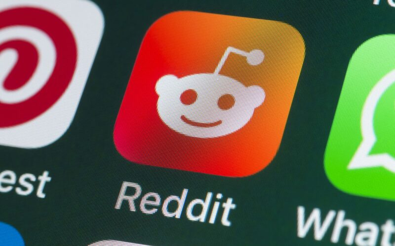 Guide for Entrepreneurs Through Reddit